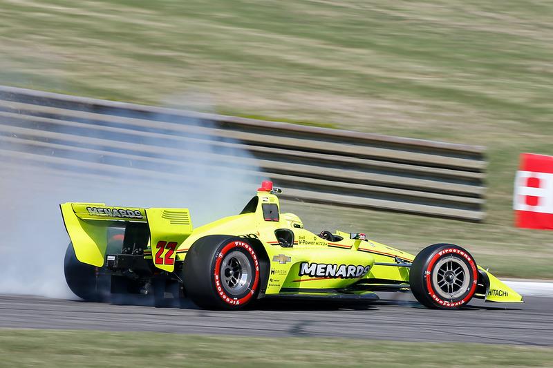 Simon Pagenaud, Team Penske Chevrolet en tête-à-queue