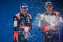 Podium: second place Hayden Paddon, John Kennard, Hyundai i20 WRC, Hyundai Motorsport