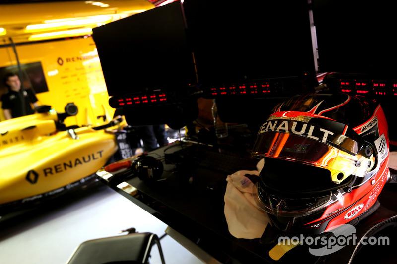 Helmet of Esteban Ocon, Third Driver, Renault Sport F1 Team