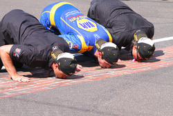 Race winner Alexander Rossi, Herta - Andretti Autosport Honda, Michael Andretti, Bryan Herta