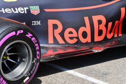 Red Bull Racing RB14 rear floor detail