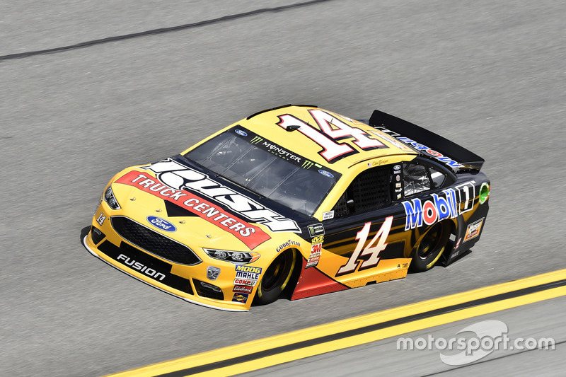 №14. Клинт Боуйер, Stewart-Haas Racing, Rush Truck Centers/Mobil 1 Ford Fusion