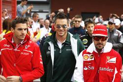 Jules Bianchi, Marussia F1 Team, Andre Lotterer, Caterham F1, y Fernando Alonso, Ferrari