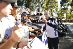 Robert Kubica, Williams Martini Racing,  firma autógrafos