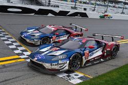 #66 Chip Ganassi Racing Ford GT, GTLM: Dirk Müller, Joey Hand, Sébastien Bourdais, #67 Chip Ganassi Racing Ford GT, GTLM: Ryan Briscoe, Richard Westbrook, Scott Dixon