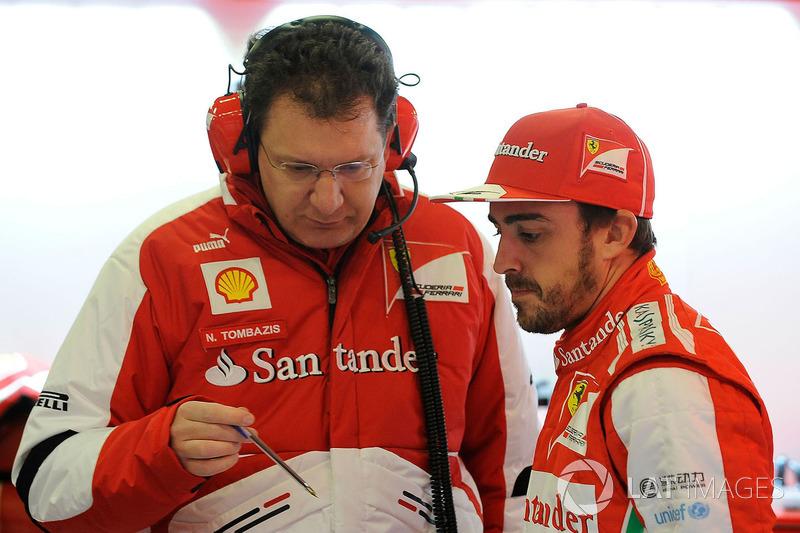 Nicholas Tombazis, Ferrari Chief Designer met Fernando Alonso, Ferrari