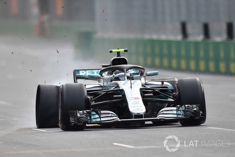 Valtteri Bottas, Mercedes-AMG F1 W09 EQ Power+ blow out