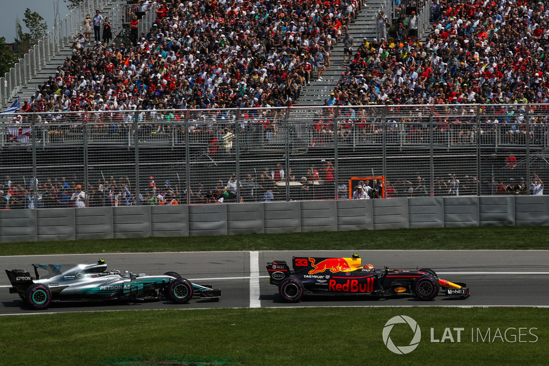 Max Verstappen, Red Bull Racing RB13, Valtteri Bottas, Mercedes-Benz F1 W08