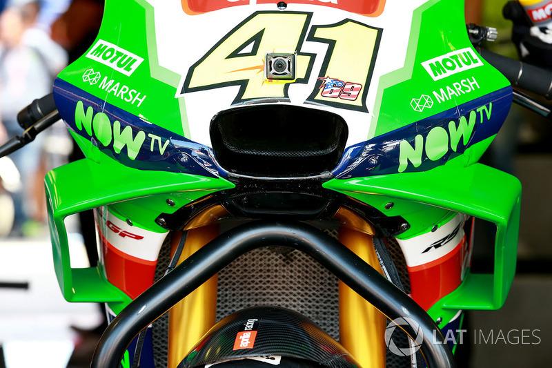 Обтічник на мотоциклі Алейша Еспаргаро, Aprilia Racing Team Gresini