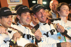 #502 Team De Rooy Iveco: Federico Villagra, Adrian Yacopini, Ricardo Torlaschi at the finish