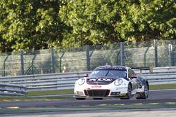 #117 KüS Team 75 Bernhard Porsche 991 GT3 R: Лоренс Вантон, Кевін Естр, Мікаель Крістенсен