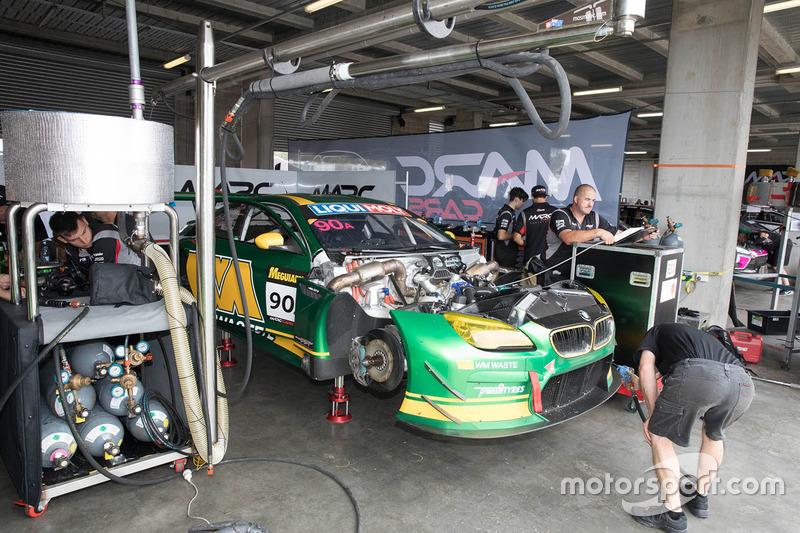 #90 MARC Cars Australia, BMW M6 GT3