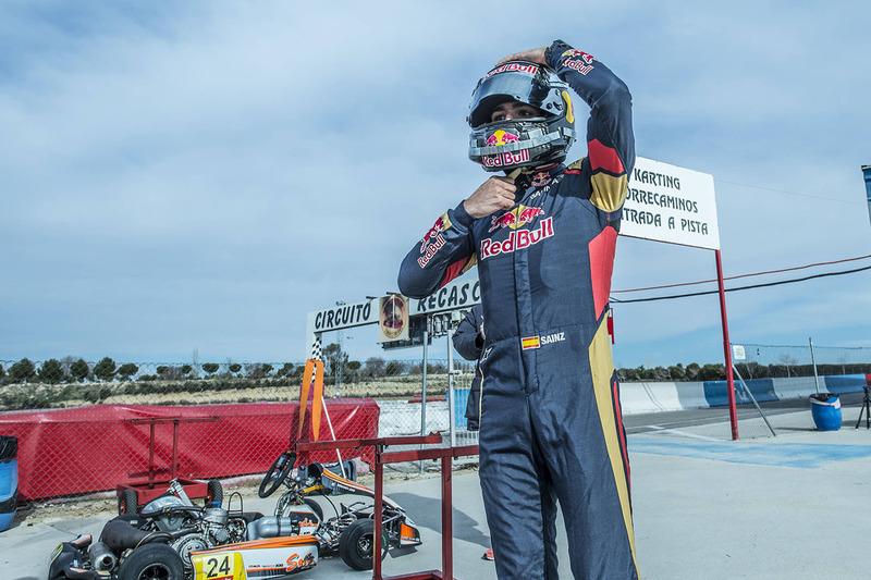 Гонщик Scuderia Toro Rosso Карлос Сайнс-мл.: перед стартом