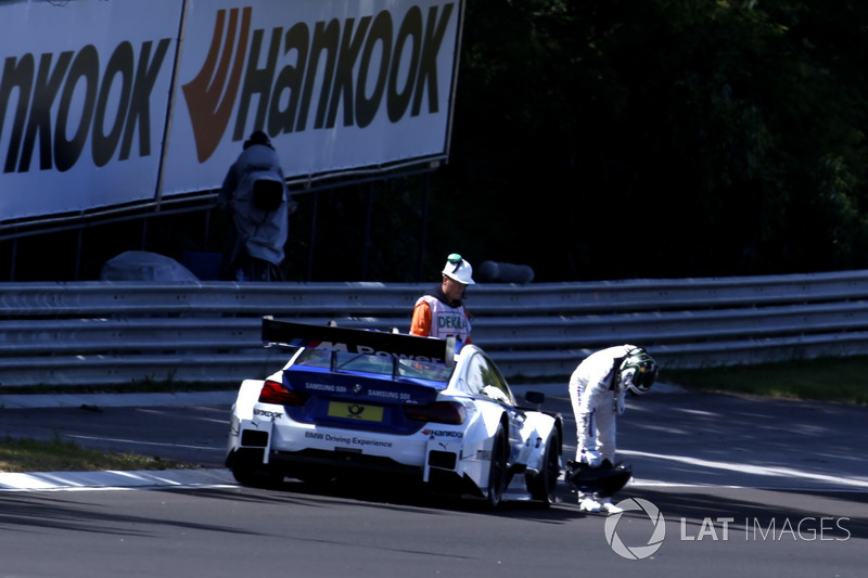 Максим Мартен, BMW Team RBM, BMW M4 DTM зупинився на треку