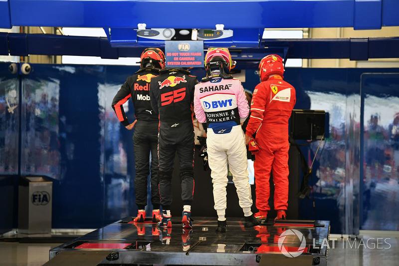 Даніель Ріккардо, Макс Ферстаппен, Red Bull Racing, Серхіо Перес, Sahara Force India, Кімі Райкконен, Ferrari