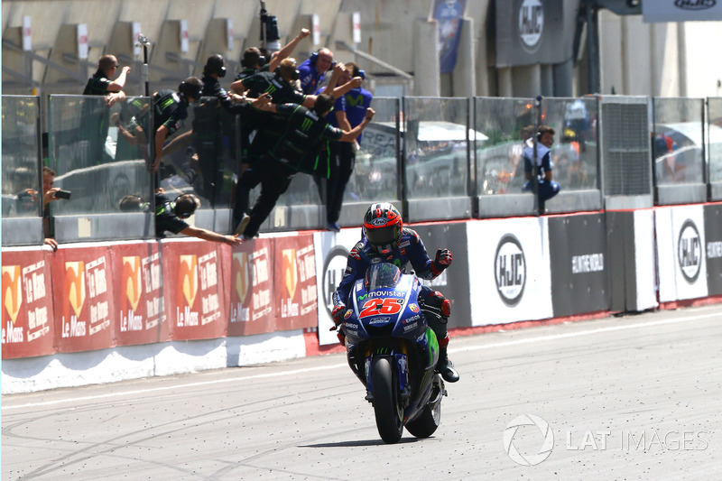 Maverick Viñales, Yamaha Factory Racing remporte la course