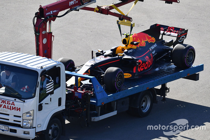 The car of Max Verstappen, Red Bull Racing RB13 is recovered