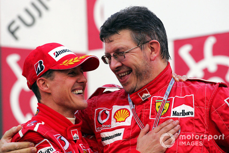 Vous avez mené les écuries Benetton et Ferrari au titre mondial, et vous avez aidé à bâtir Mercedes. Ces périodes sont-elles comparables d'une façon ou d'une autre?