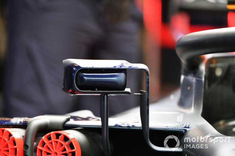 Specchietti della Red Bull RB14