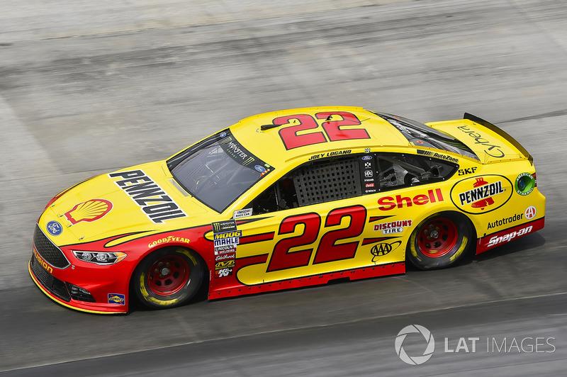 19. Joey Logano, Team Penske, Ford Fusion Shell Pennzoil