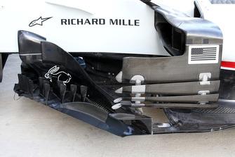 Haas F1 Team VF-18, bargeboard