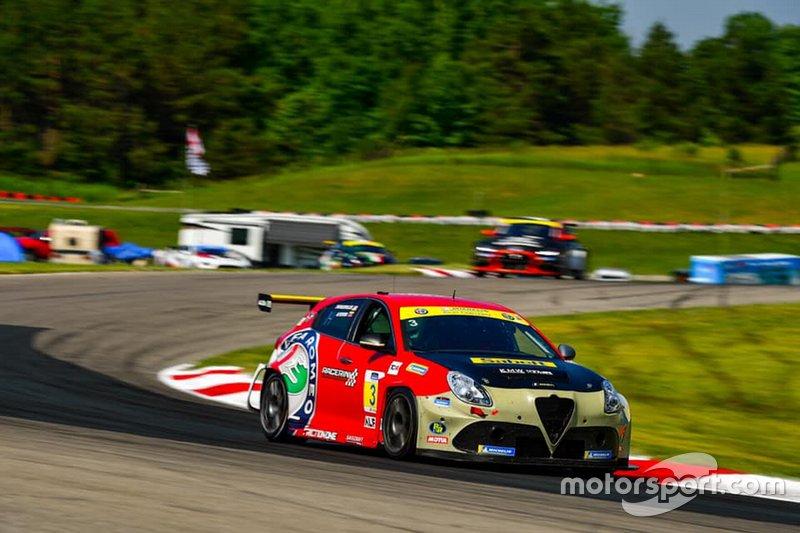 Michelin Pilot Challenge: Mosport