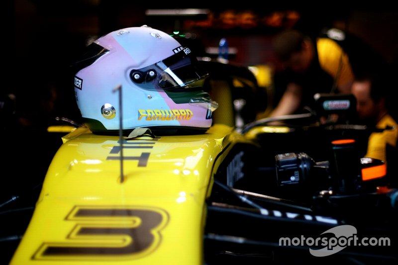 Casco de pruebas de Daniel Ricciardo, Renault F1 Team