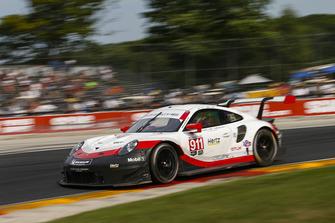 #911 Porsche Team North America Porsche 911 RSR, GTLM - Patrick Pilet, Nick Tandy
