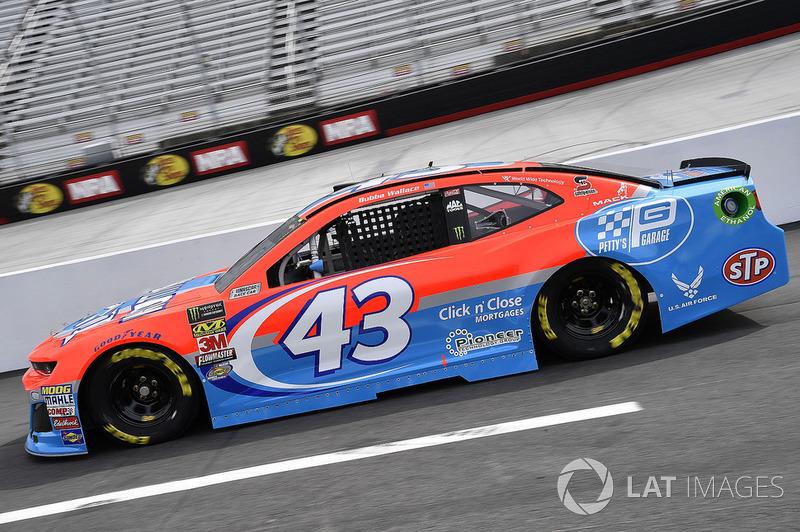 27. Darrell Wallace Jr., Richard Petty Motorsports, Chevrolet Camaro Medallion Bank / Petty's Garage