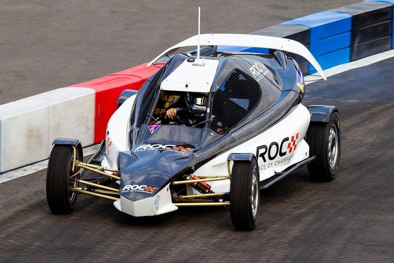Terry Grant pilote la ROC Car