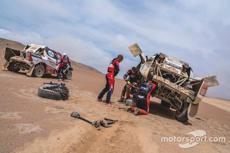 Жінель де Вільєр допомагає Бернхарду тен Брінке, Toyota Gazoo Racing