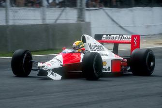 Ayrton Senna, McLaren MP4/5B nach Kollision mit Satoru Nakajima