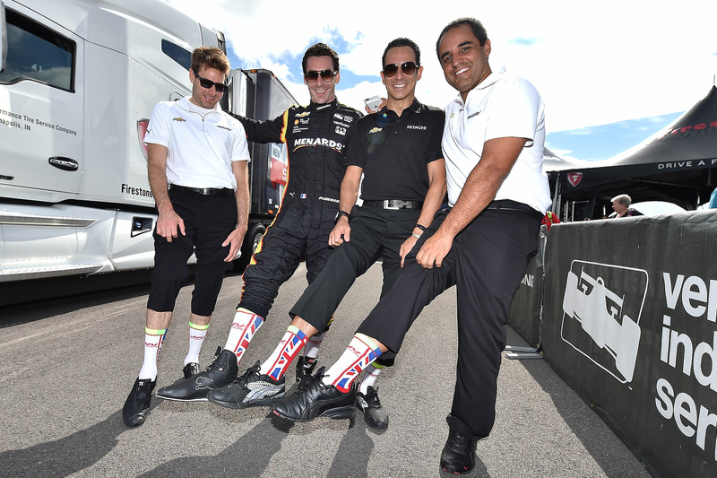 Will Power, Team Penske Chevrolet, Simon Pagenaud, Team Penske Chevrolet, Helio Castroneves, Team Penske Chevrolet, Juan Pablo Montoya, Team Penske Chevrolet showing their Justin Wilson tribute socks