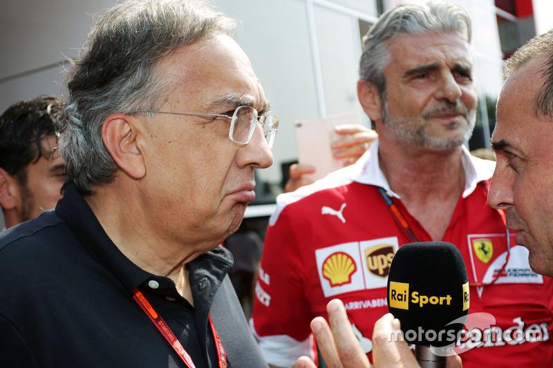 Sergio Marchionne, Ferrari Başkanı ve Fiat Chrysler Automobiles CEO'su ve Maurizio Arrivabene, Ferrari Takım Patronu