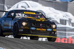 #37 Calvert Dynamics Ford Mustang Boss 302: Andrew Aquilante, Kurt Rezzetano