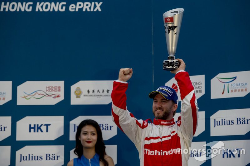 Podium: third place Nick Heidfeld, Mahindra Racing