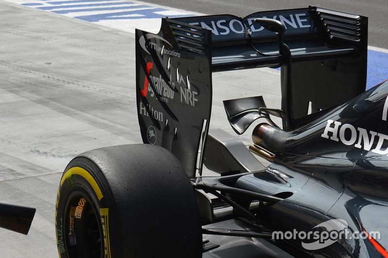 McLaren MP4-31, der Heckflügel im Detail