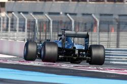 Тесты шин Pirelli 2017 года: Паскаль Верляйн, Mercedes AMG F1 W07 Hybrid