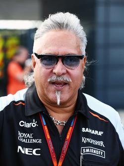 Доктор Виджей Малья, владелец команды Sahara Force India F1 Team