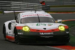 #92 Porsche Team Porsche 911 RSR: Мікаель Крістенсен, Кевін Естр