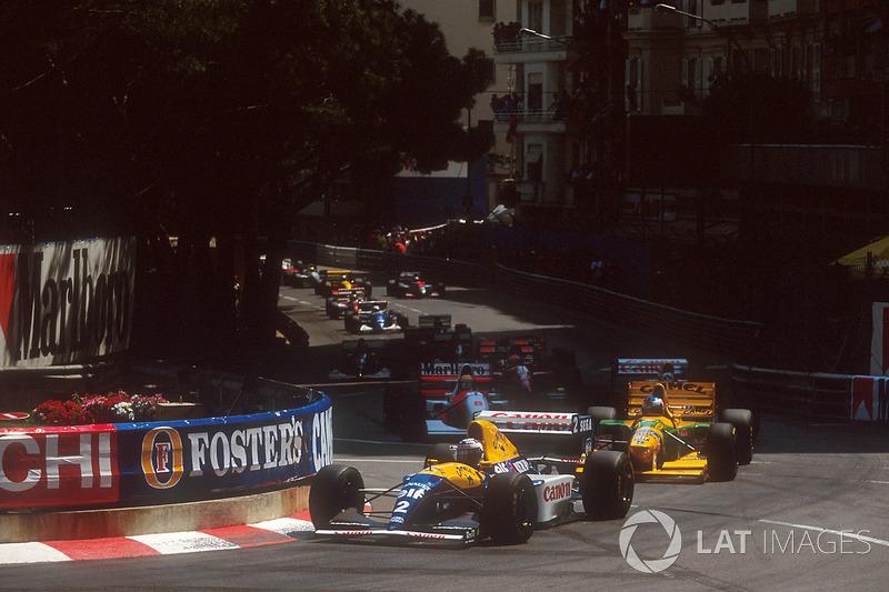 """GP de Mônaco de 1993: """"Larguei em 17º e terminei em quinto. Consegui passar três carros em uma pista como Mônaco e tive que segurar Martin Brundle que vinha com pneus mais novos."""