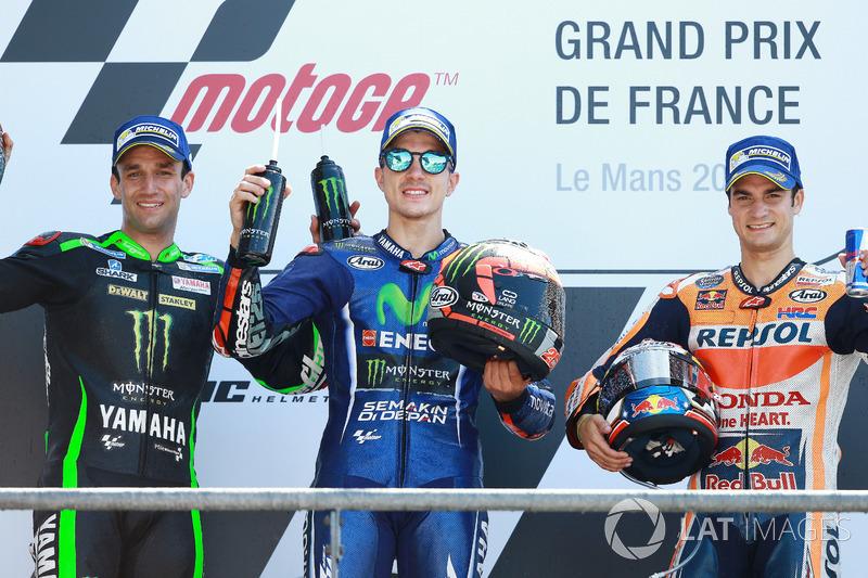 Podium : le vainqueur Maverick Viñales, Yamaha Factory Racing, le deuxième, Johann Zarco, Monster Yamaha Tech 3, le troisième, Dani Pedrosa, Repsol Honda Team