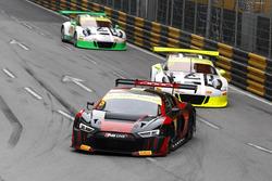 Laurens Vanthoor, Audi Sport Team WRT Audi R8 LMS; Earl Bamber, Manthey Racing Porsche 911 GT3-R; Ké