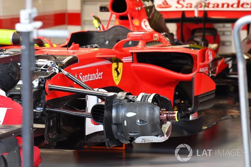 Avant de la Ferrari SF70H