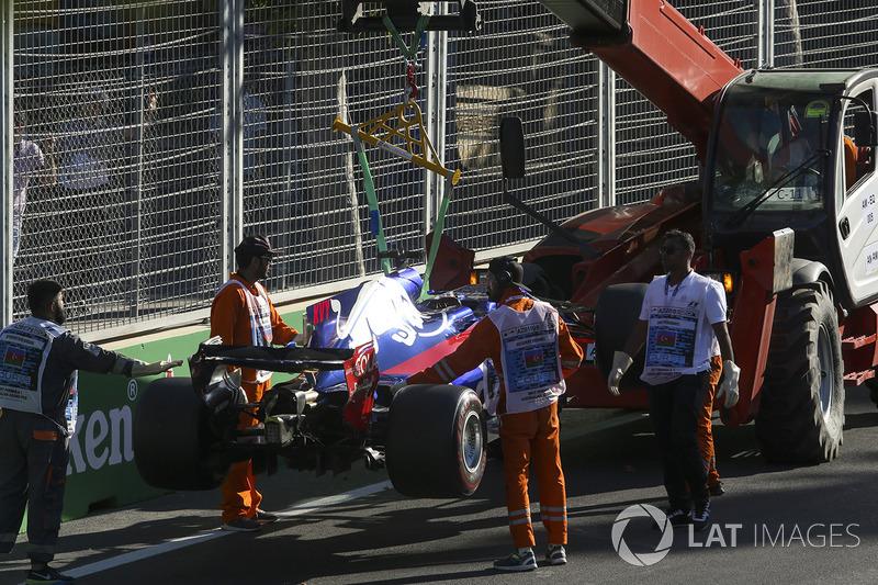 Auto von Daniil Kvyat, Scuderia Toro Rosso STR12