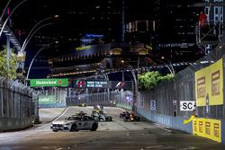 The safety car leads an out of position Daniel Ricciardo, Red Bull Racing RB13, Lewis Hamilton, Mercedes AMG F1 W08, Valtteri Bottas, Mercedes AMG F1 W08, Carlos Sainz Jr., Scuderia Toro Rosso STR12 and Nico Hulkenberg, Renault Sport F1 Team RS17