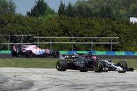 Dreher: Santino Ferrucci, Haas F1 Team VF-17