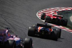 Себастьян Феттель, Ferrari SF70H, Фернандо Алонсо, McLaren MCL32, Серхио Перес, Sahara Force India F1 VJM10