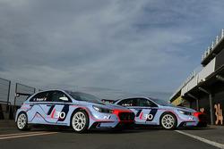 La Hyundai i30 N TCR di Gabriele Tarquini e Alain Menu