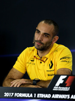 Cyril Abiteboul, Renault Sport F1 Managing Director in de persconferentie